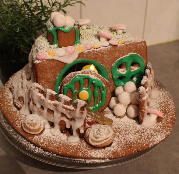 LOTRO players, show us yer yule food!